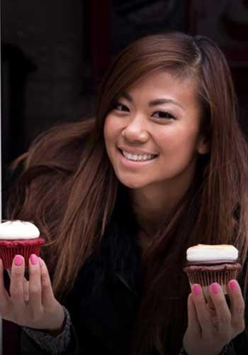 Anna Wu - A Sweets Girl