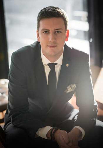 Tomas Van Den Boomgaard - Travelle Kitchen and Bar